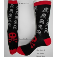 Slanted skull tower with red top skull cotton socks